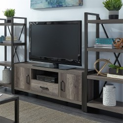 Tanners Creek Entertainment Center w Piers